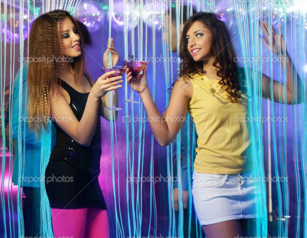 Фото девушек в клубах 24 фотография
