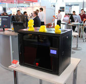 HANNOVER, GERMANY - MARCH 13: The 3D Printer on March 13, 2014 at CEBIT computer expo, Hannover, Germany. CeBIT is the world's largest computer expo — Stock Photo