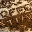 Coffee time text made of beans and ground coffee — Zdjęcie stockowe