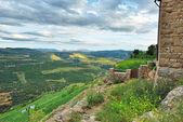 マウンテン ビュー。スペインの小さな町アレス. — ストック写真