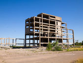 Abandoned unfinished building — Stock Photo