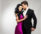 Portrét mladého nádherný pár v lásce — Stock fotografie