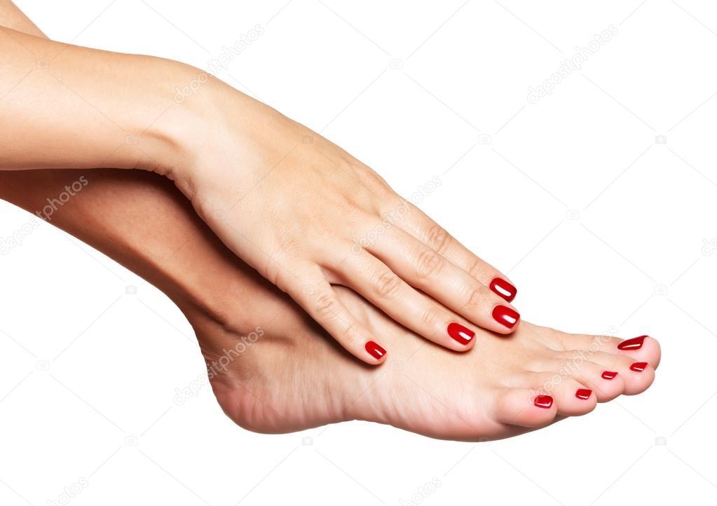 Женские ступни фото крупным планом