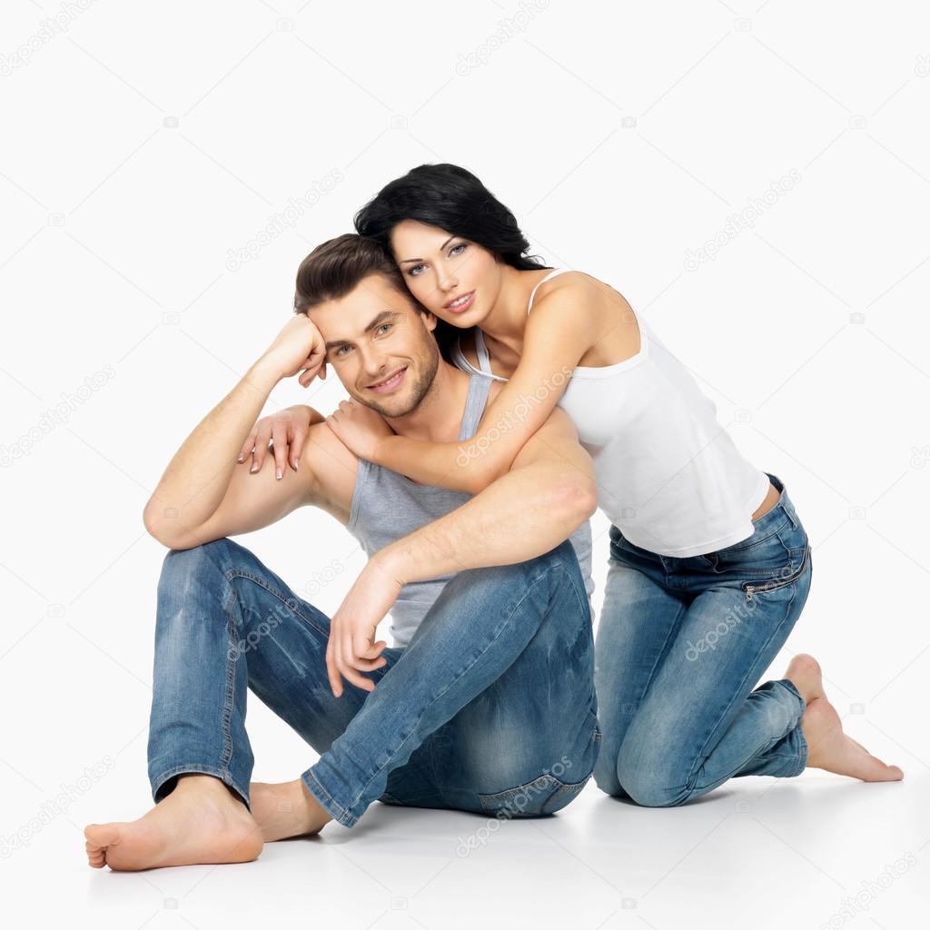 Фото парень и девушка на белом