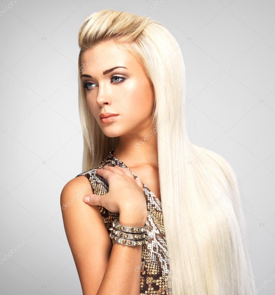 красивые прически блондинок фото