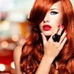 Beautiful sensual woman — Stock Photo