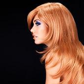 Retrato de perfil de mujer hermosa — Foto de Stock