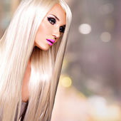 Portrait of  a  beautiful  woman with long white straight  hairs — Stock Photo