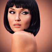 beautiful fashion  woman with bob hairstyle — Stockfoto