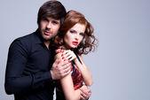 Porträtt av vackra passionerade par. — Stockfoto