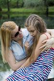 Anne ve kız portresi — Stok fotoğraf