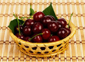 Sweet cherries — 图库照片