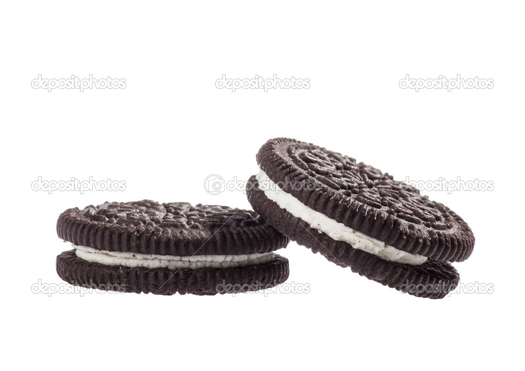 Chocolate cookies with creme filing — Stock Photo #16847697