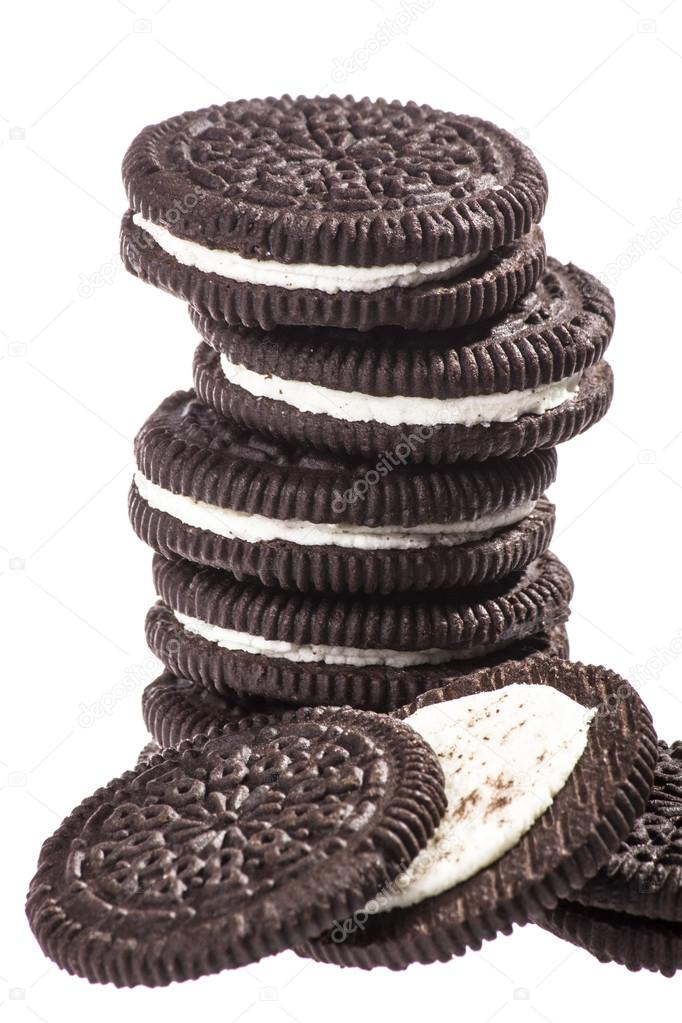 Chocolate cookies with creme filing — Stock Photo #16847719