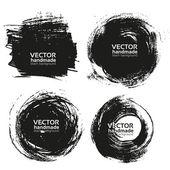 Vector hermosa hecha a mano trazos-fondos negros pintaron por cepillo — Vector de stock