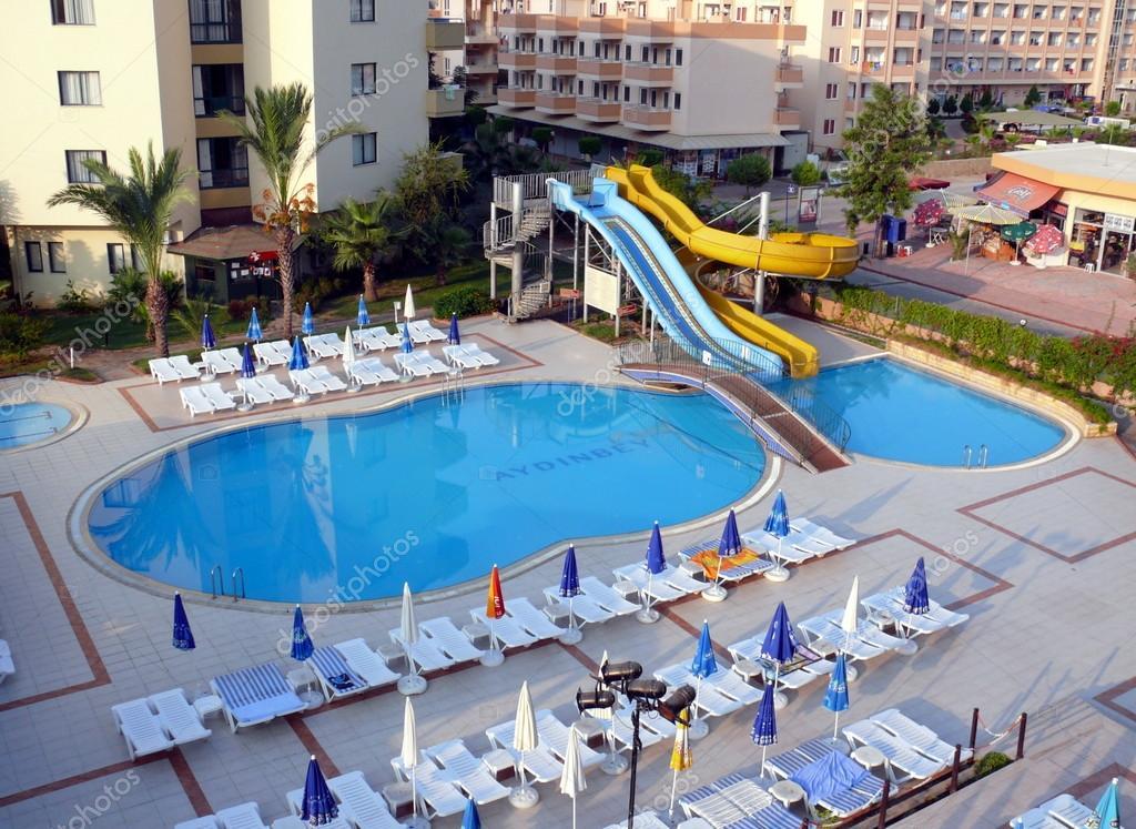 Alania turquie 2 septembre 2008 personne ne nager dans la piscine de lh - Nager dans la piscine ...