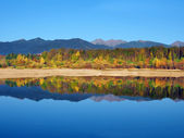 Reflection of Rohace Mountains during autumn — Stock Photo
