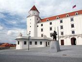Main courtyard of Bratislava Castle, Slovakia — Stock Photo