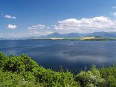 Liptovska Mara Lake, Liptovsky Trnovec and Krivan — Stock Photo