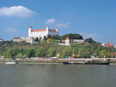 Danube river and Bratislava castle — Stock Photo