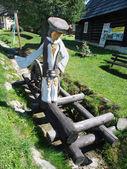 Estátua de madeira, bobrova rala em podbiel, eslováquia — Foto Stock