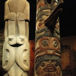 Totem poles of the Pacific Northwest first peoples, — Stock Photo