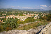The rustic village of Vaison la Romaine — Stock Photo