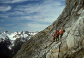 Climbers traversing Mt Formidable — Stock Photo