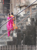Indian pilgrims visit the ancient temples — Stock Photo