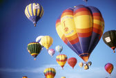 Hot air balloons against blue sky — Stock Photo