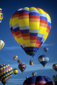 Hot air balloons agaisnt blue sky — Stock Photo