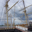 Labor Day brings tourists to explore 19th century sailing s — Zdjęcie stockowe #36747141