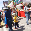Foto de Stock  : Crowds explore crafts booths