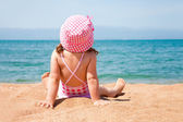 Little girl on beach — Stock Photo