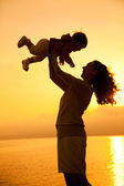Dancing mom with child — Foto Stock