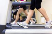 Nogi na bieżni — Zdjęcie stockowe