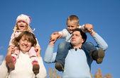 快乐父母与孩子 — 图库照片