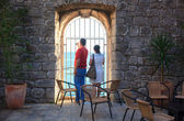Couple of tourists in Dubrovnik — Stock Photo