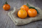 Fresh tangerine — Stock Photo