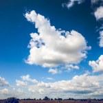 Mavi gökyüzü — Stok fotoğraf