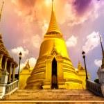"Famous Bangkok Temple - ""Wat Pho"" — Stock Photo #44328225"