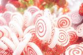 Caramelle bianche e rosse — Foto Stock