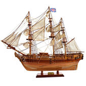 Replica of the old sailfish Bounty — Stock Photo