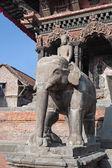 Stone elephant statue — Stock Photo