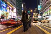 道路を横断歩行者 — ストック写真