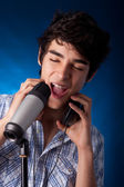 Singer man — Stock Photo