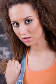 An young beautiful woman close up portrait — Stock Photo