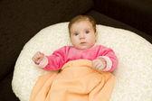 Jeune bébé — Photo