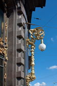 Lantern on the facade of building in city Saint Petersburg — Stock Photo