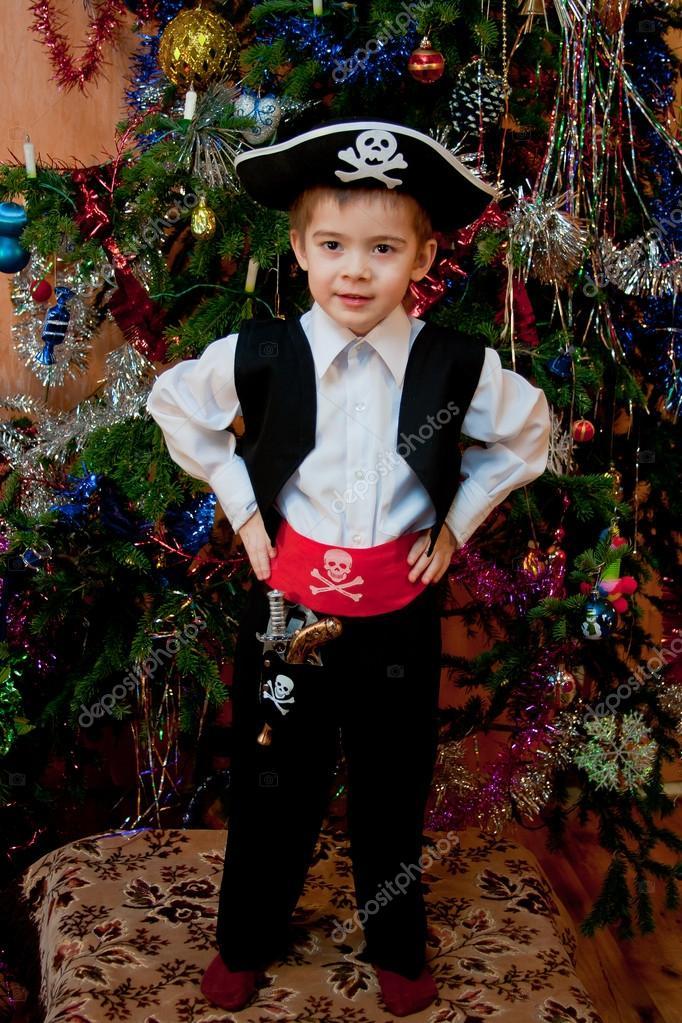 Сделать новогодний костюм на мальчика